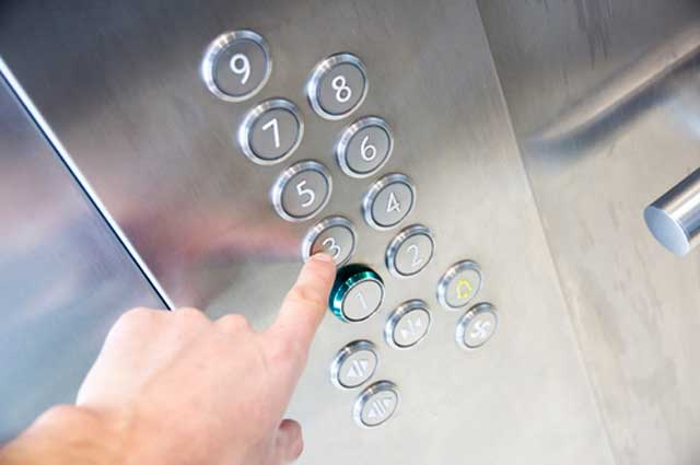 Программа обновления парка лифтов в России